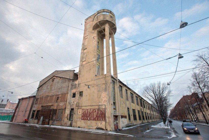 Канатный цех с водонапорной башней завода «Красный гвоздильщик»