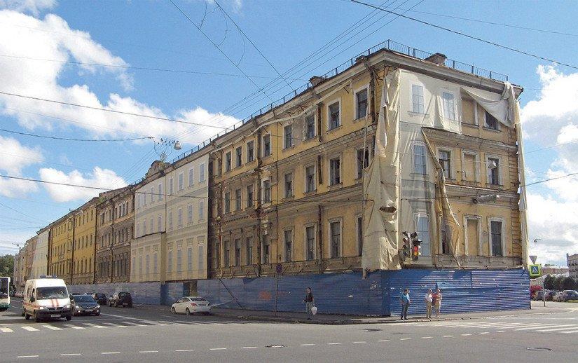 Бывшие казармы Морского Гвардейского экипажа на пр. Римского-Корсакова, 22
