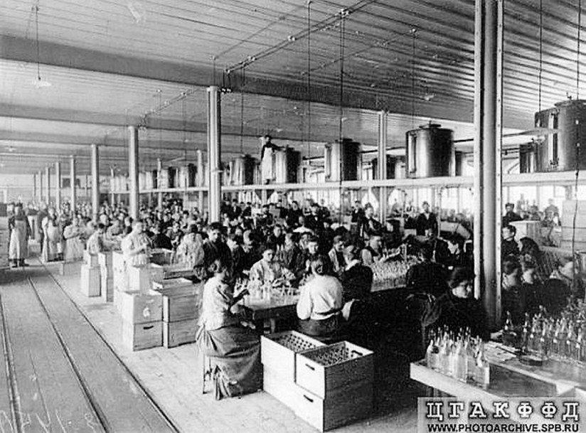 «Обводный двор». Набережная Обводного канала, 199-201В. 1900-е