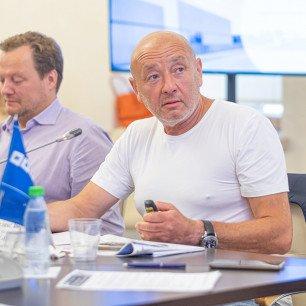 Феликс Зборовский, президент и владелец ГК «Первый базис» (проект Left&Right)
